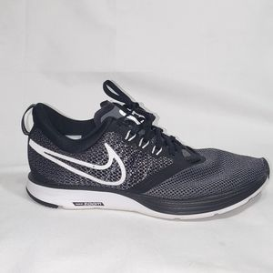 Nike zoom strike sneakers size 8